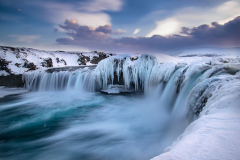 godafoss-winter